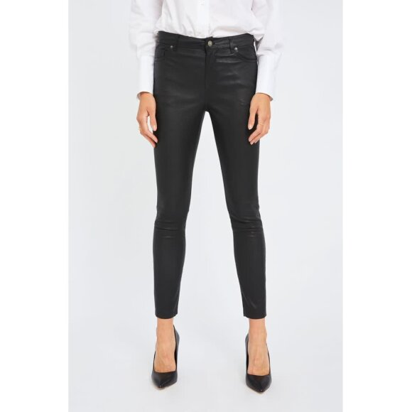 Kate 634 Ankle Black Leather Fiveunits